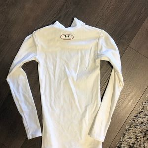 Under Armour Shirts & Tops - NWOT Kids Under Armour cold gear long sleeve Sz s